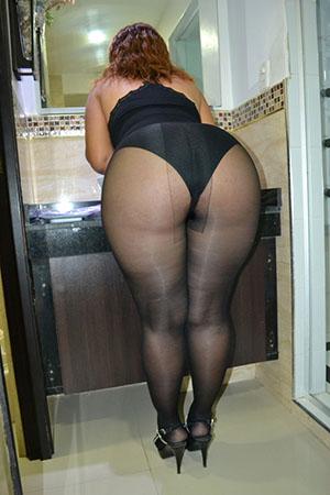 Huge tits firm ass